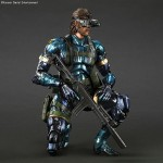 MGSV-Naked-Snake-Metallic-Play-Arts-Kai-002