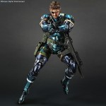 MGSV-Naked-Snake-Metallic-Play-Arts-Kai-003