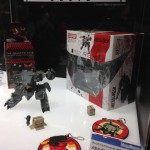WonderFest-2016-MegaHouse-D-SPEC-REX-and-Rubber-Keychain-Collection